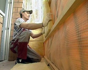 Теплоизоляция стен балкона пенопластом или мин ватой