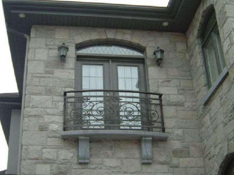 Французский балкон: фото, идеи дизайна, виды и характеристик.
