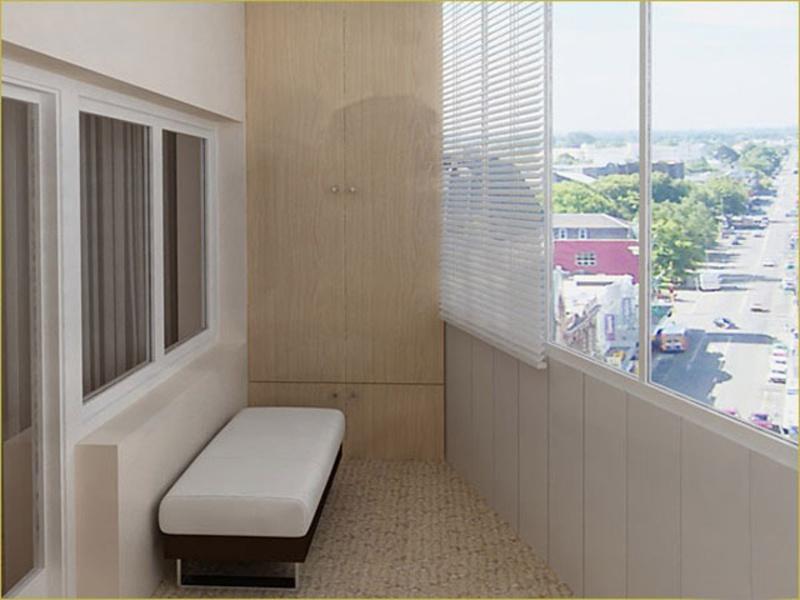 Шафи для балкона і різне скління лоджій.