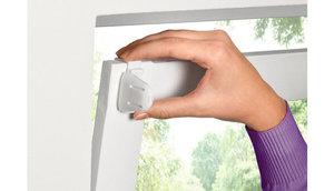 Описание способов крепления к пластиковому окну рулонных штор