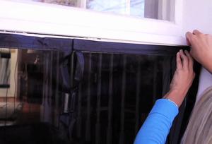 Описание способа установки антимоскитной сетки на двери