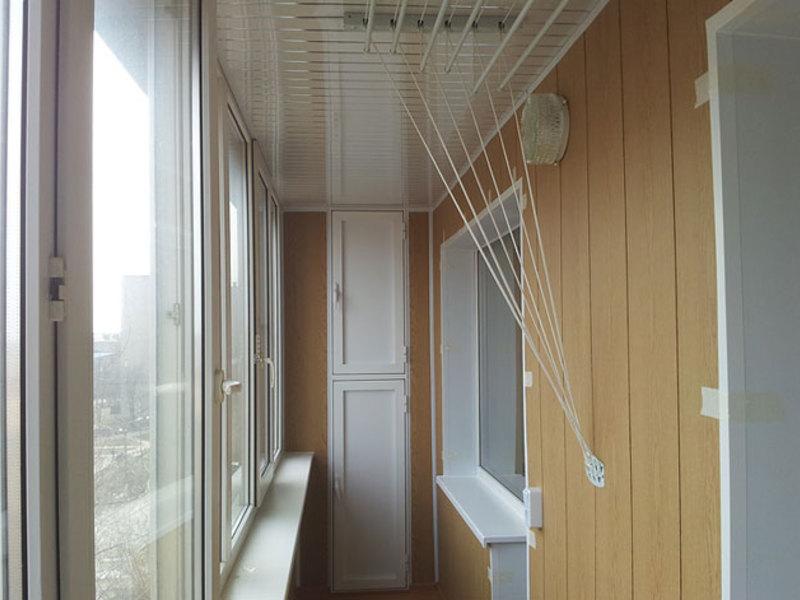 Примеры отделки лоджий и балконов (фото).