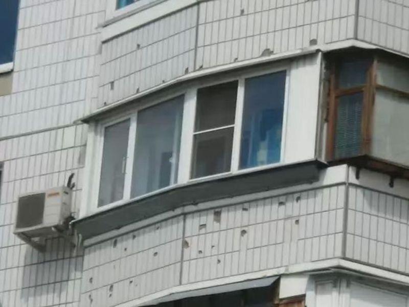 Из чего сделан профиль балкона п-44.
