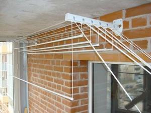 Системы для сушки белья на балконе