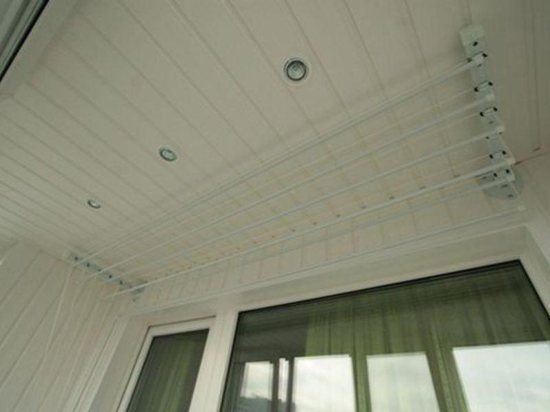 Виды сушилок для балкона: фото настенных и напольных, потоло.