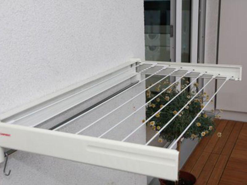 Сушка для белья на балкон настенная купить.