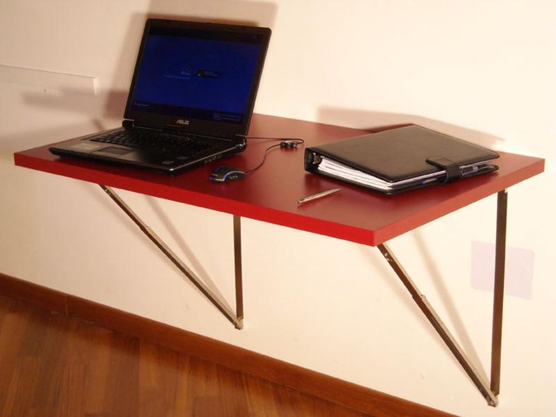 Стол для компьютера раскладной