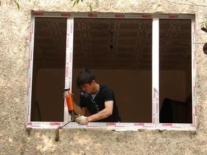 Установка пластиковых окон в доме своими руками инструкция
