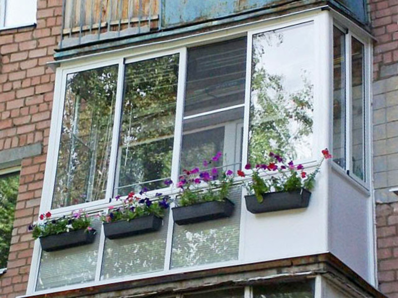 Французское остекление балкона.