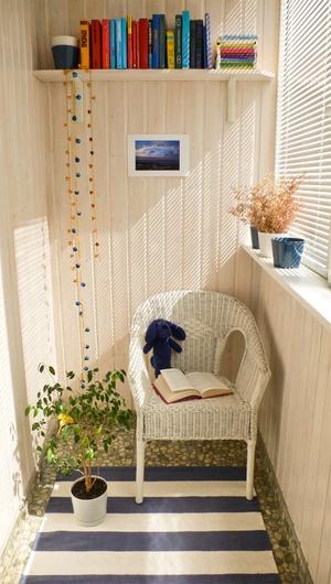 Предметы интерьера для маленького балкона