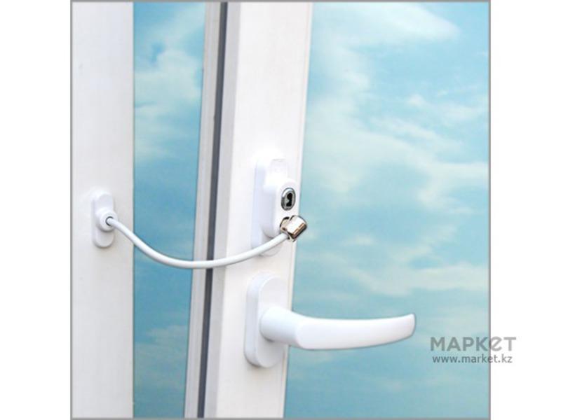 """Ограничитель открывания окна """"penkid""""."""