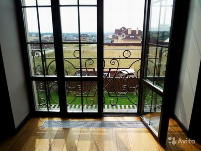 Как выглядит французский балкон, вид внутри и снаружи с фото.