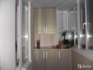 Балконная мебель: кабинет на лоджии