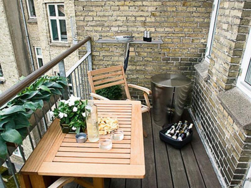 Разновидности мебели для балконов и лоджий: виды и принцип в.